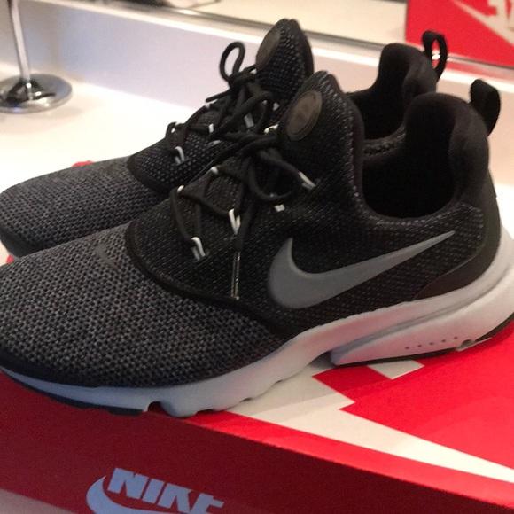 the best attitude 4c27e 3c4a7 New Woman Nike presto fly size 8.5